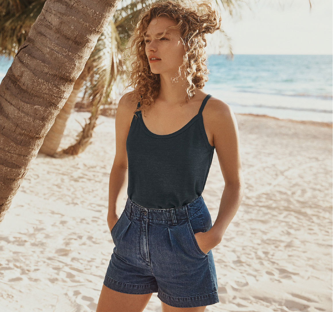 ESSENTIAL DENIM SHORTS